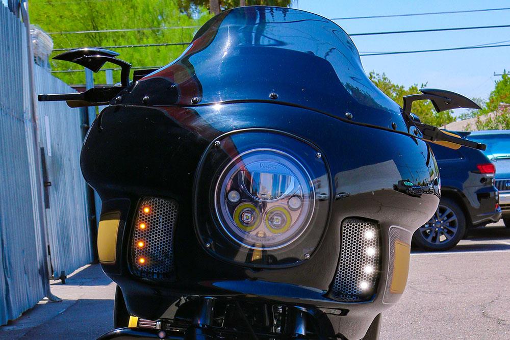 Lightning Bolt Front Turn Signal APP 2